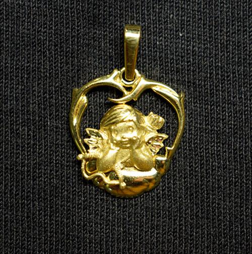 colgante oro escultura cupido