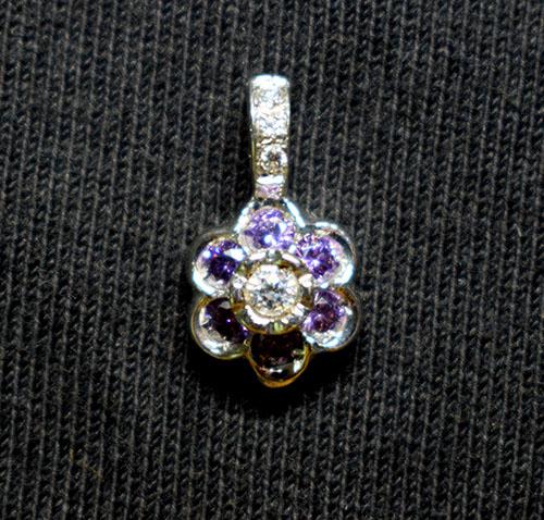 colgante oro topacio violeta