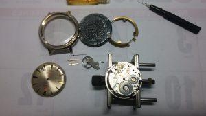 Vista reloj mecánico desmontado 21 rubí 2